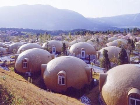 ECO-DOMES, oplossing voor klein wonen en vluchtelingensteden? [view]