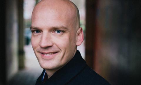 Duurzame architect Daan Bruggink bouwt BETERE WERELD voor mensen [interview]