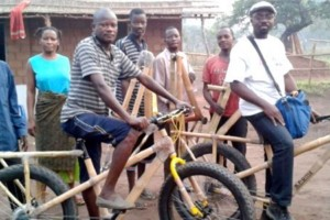Bamboefiets in Afrika