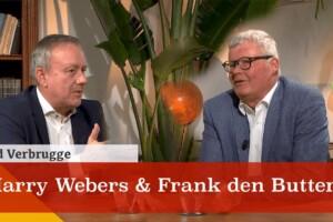 Harry Webers en Frank den Butter in gesprek met Ad Verbrugge